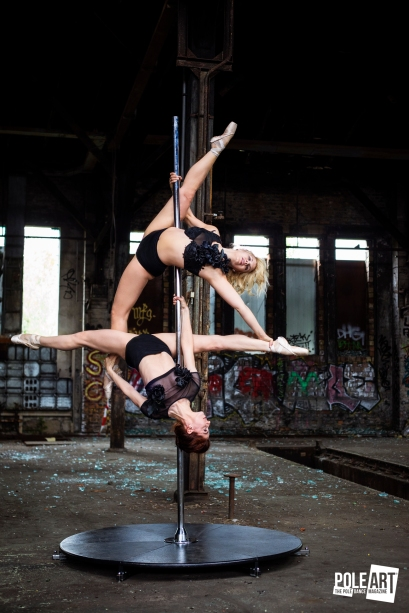 Pole Art Magazine Allegra and Split